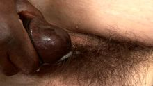Chatte poilue pleine de sperme