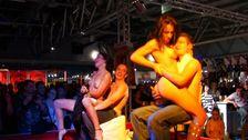 Chaude ambiance au salon de l'erotisme de Mulhouse