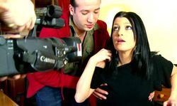 Une jolie secrétaire filmée à son insu par son patron